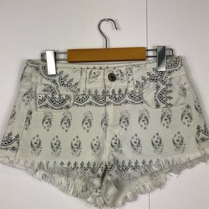 3/$30 American Eagle Fringe Denim Shorts Sz 6